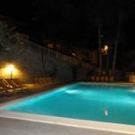 piscina notte